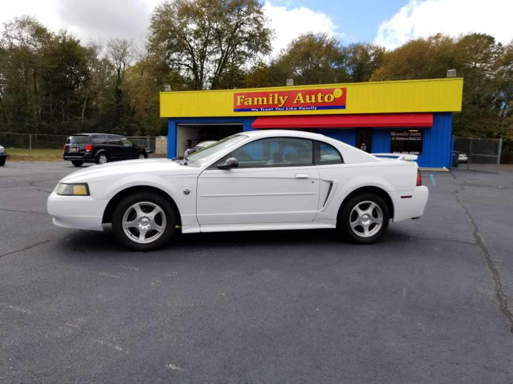 Ford Mustang 2004 White