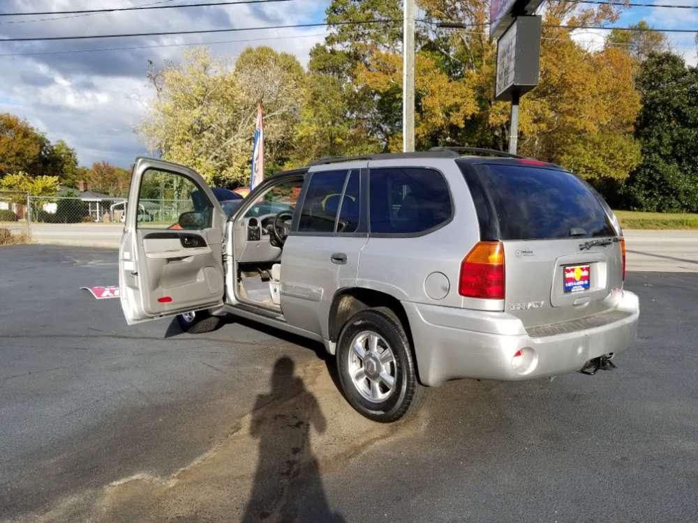 GMC Envoy 2005 Silver