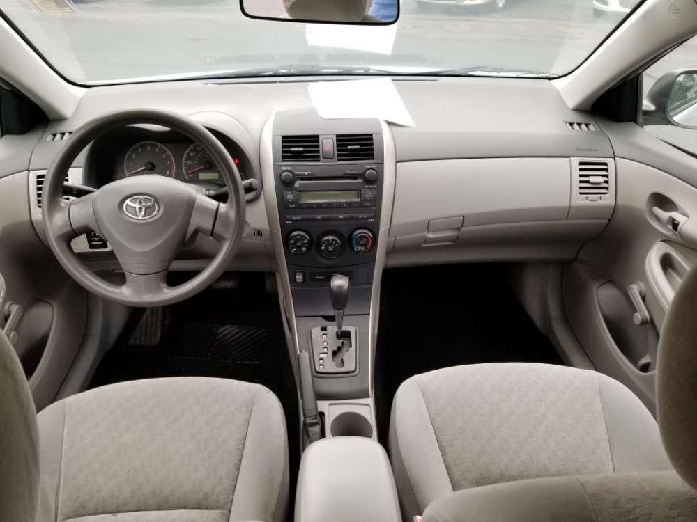 Toyota Corolla 2009 Silver