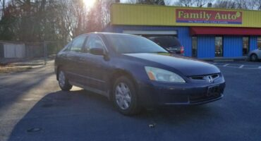 Honda Accord 2004 Blue