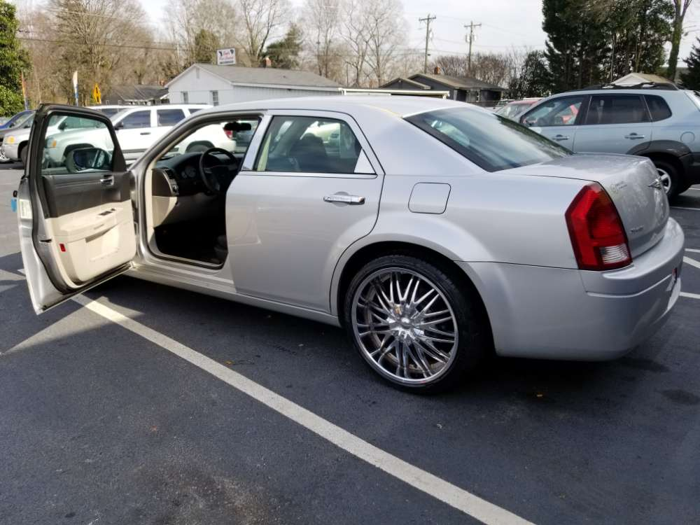 Chrysler 300 2007 Silver