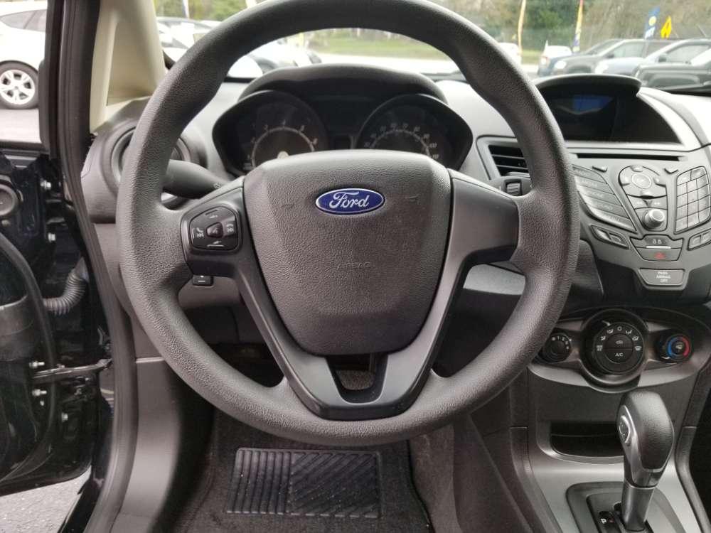 Ford Fiesta 2017 Black