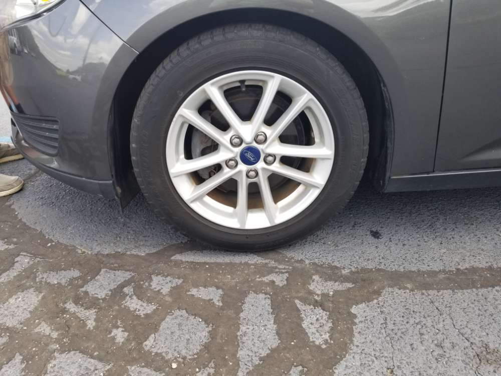 Ford Focus 2015 Gray