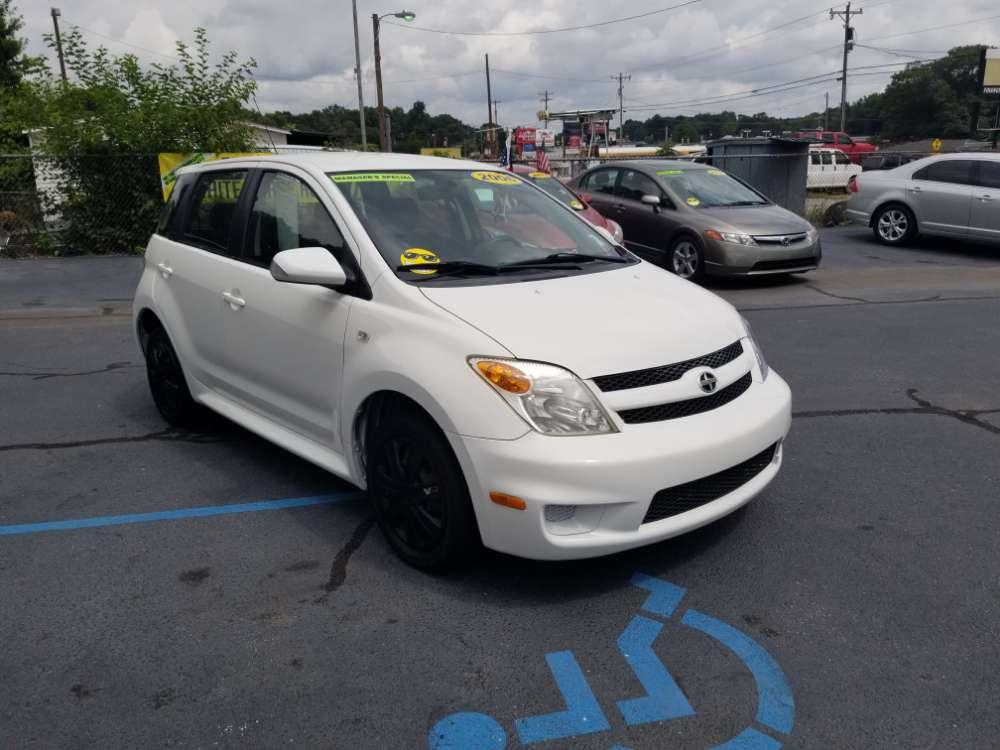 Toyota SCION xA 2006 White